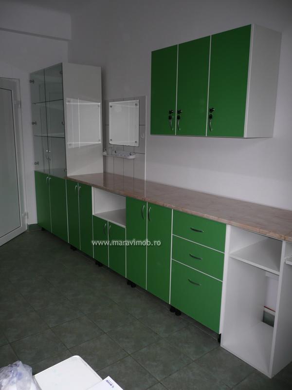 mobila pentru cabinete medicale mobila la comanda maravi mob bucuresti. Black Bedroom Furniture Sets. Home Design Ideas